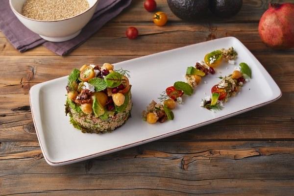 White quinoa chicken salsd