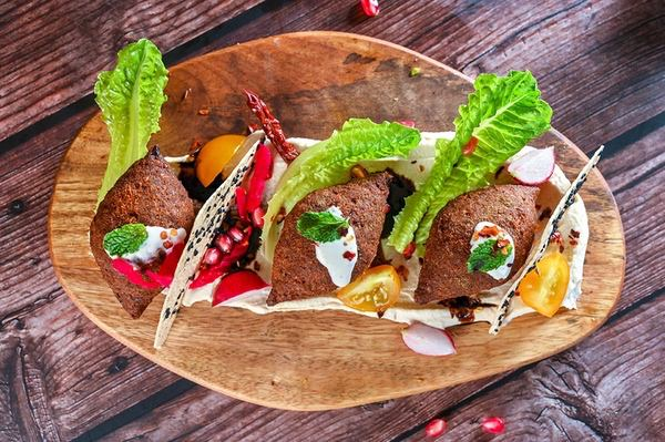 Spiced hummus with lamb kibbeh